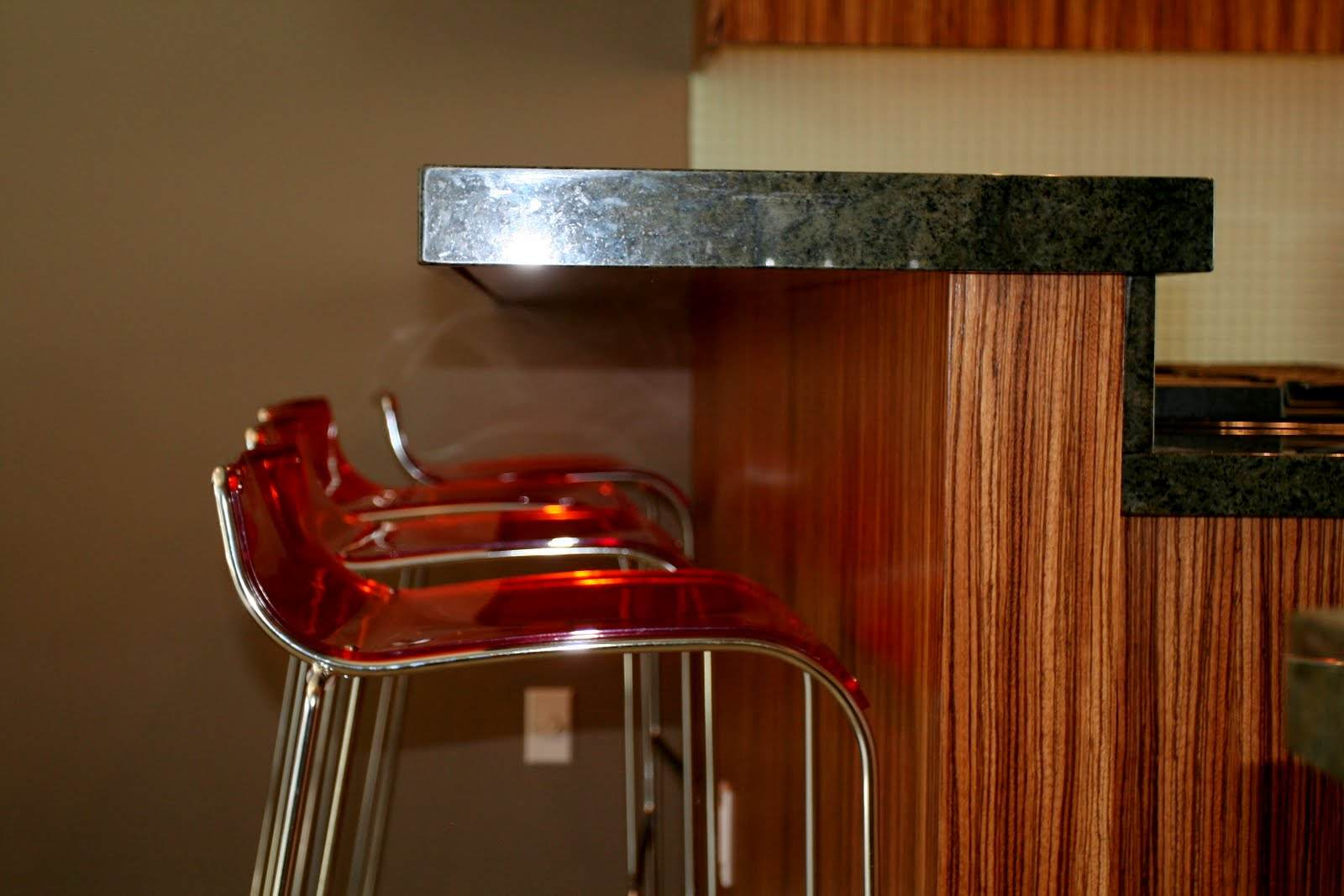 """Countertop supported with 5/8"""" honeycomb alluminum and one 3/4"""" sheet plywood."""